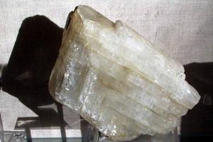 svojstva-lunnogo-kamnja