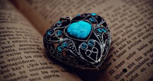 birjuza-kamen'-magicheskie-svojstva